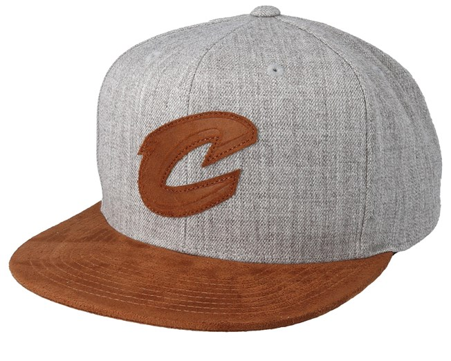 c90589953060a Cleveland Cavaliers Suede Patch Heather Grey Brown Snapback - Mitchell   Ness  caps - Hatstoreaustralia.com
