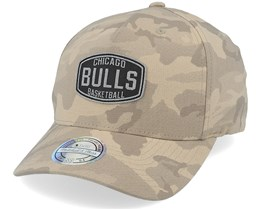 Chicago Bulls Camo Khaki 110 Adjustable - Mitchell & Ness