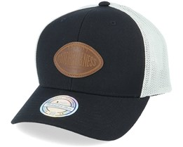 Own Brand Touchdown Black/White 110 Trucker - Mitchell & Ness
