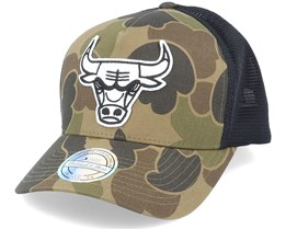 Chicago Bulls Duck Camo/Black 110 Trucker - Mitchell & Ness