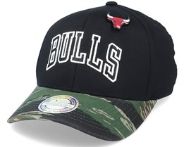 Chicago Bulls Tiger Camo Black/Camo 110 Adjustable - Mitchell & Ness