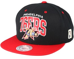 Philadelphia 76ers Team Arch Black/Red Snapback - Mitchell & Ness
