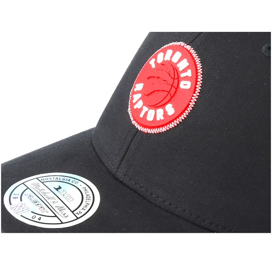 d702c656a141a2 Toronto Raptors Biowashed Zig Zag Black Adjustable - Mitchell & Ness caps -  Hatstoreworld.com