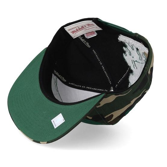 92f7fde10b4 Boston Celtics Hwc Paintbrush Camo Snapback - Mitchell   Ness caps -  Hatstoreworld.com