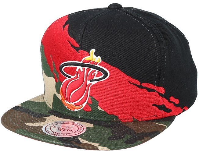 33360483ad2 Miami Heat Hwc Paintbrush Camo Snapback - Mitchell   Ness cap -  Hatstore.co.in