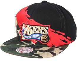Philadelphia 76ers Paintbrush Camo Snapback - Mitchell & Ness