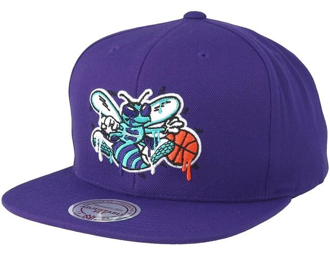 cdfdbd0836e Charlotte Hornets Dripped Purple Snapback - Mitchell   Ness caps -  Hatstoreaustralia.com