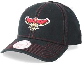 Atlanta Hawks Contrast Cotton Black/Red Adjustable - Mitchell & Ness