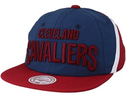 Cleveland Cavaliers Anorak Blue/Red Snapback - Mitchell & Ness