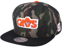 Cleveland Cavaliers Flannel Camo/Black Snapback - Mitchell & Ness