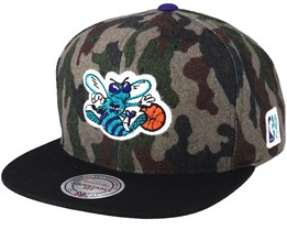 Charlotte Hornets Flannel Camo/Black Snapback - Mitchell & Ness
