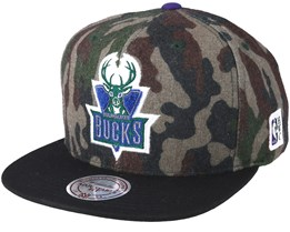 Milwaukee Bucks Flannel Camo/Black Snapback - Mitchell & Ness