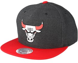 1605a125e54 Chicago Bulls Woven Reflective Charcoal Snapback - Mitchell   Ness
