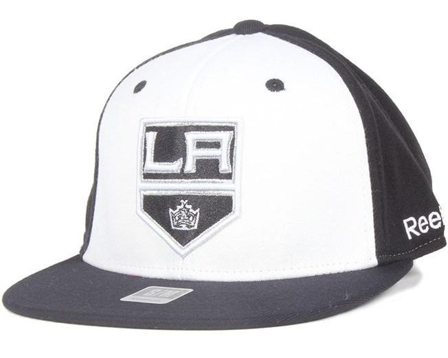 b04fd142 LA Kings Basic League Fitted - Reebok caps - Hatstoreworld.com