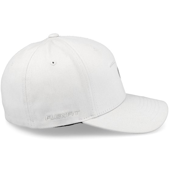 b3ea92709d7 Tepan Curve Peak Light Grey Adjustable - Rip Curl caps - Hatstorecanada.com
