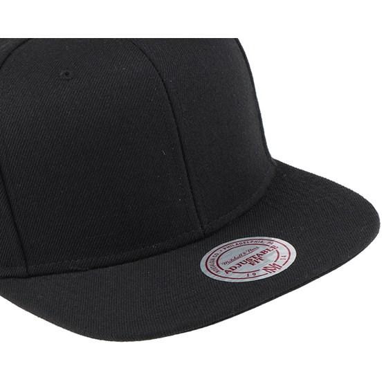 Blank Black Snapback - Mitchell   Ness caps - Hatstoreworld.com 5cc1eee0058