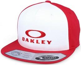 Sliver 110 Flexfit Red Snapback - Oakley