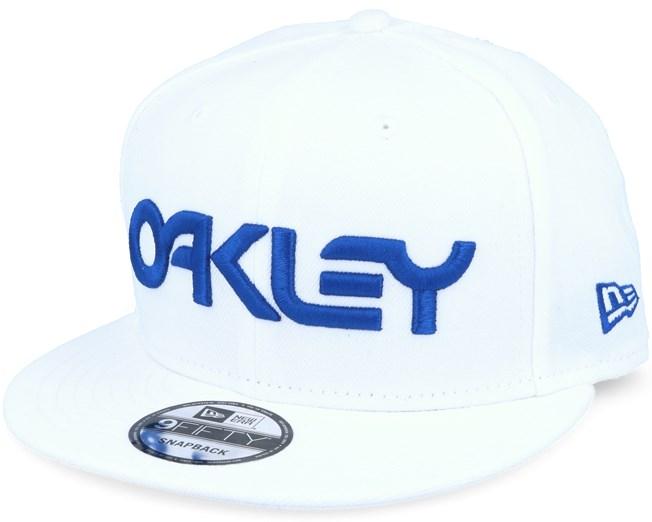 3793dda16da Mark II Novelty White Snapback - Oakley caps