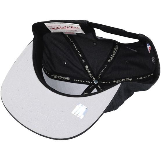 San Antonio Spurs Cut Heather Black Snapback - Mitchell   Ness - Start Gorra  - Hatstore 402dfddfce4