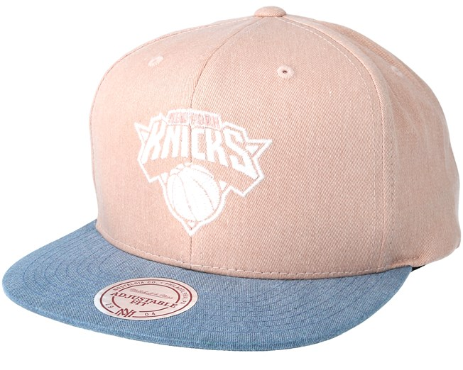 buy online 0a3d0 8dcf8 New York Knicks Washed Twill 2 Tone Rust Snapback - Mitchell   Ness