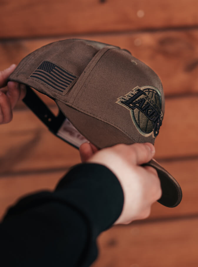 Hatstore Exclusive x Mitchell & Ness Veterans